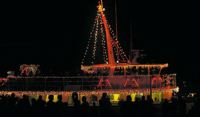 port aransas lighted boat parade
