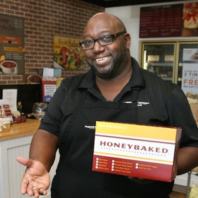 honeybaked ham, les pierce