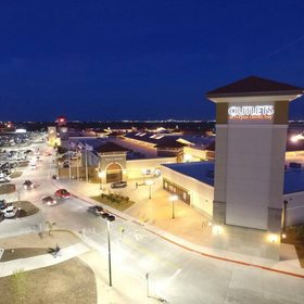 SHOP DESIGNERS AT OUTLETS AT CORPUS CHRISTI BAY