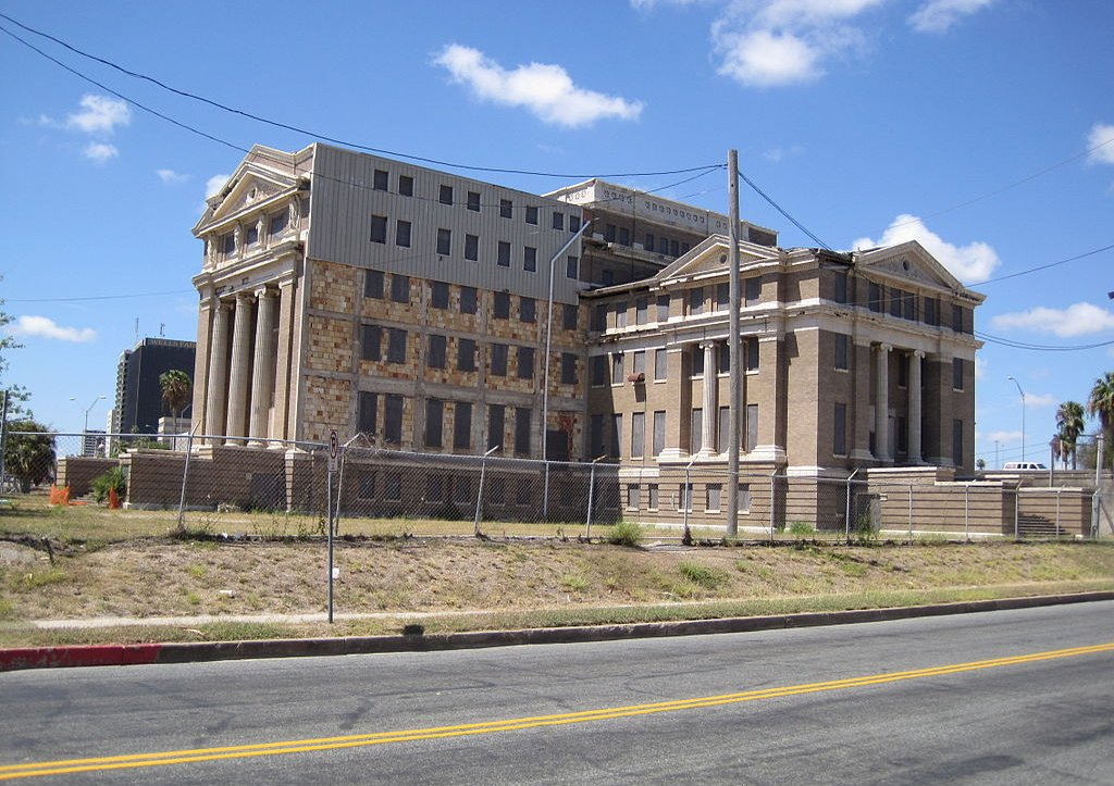 Corpus Christi city council  supports old courthouse conversion