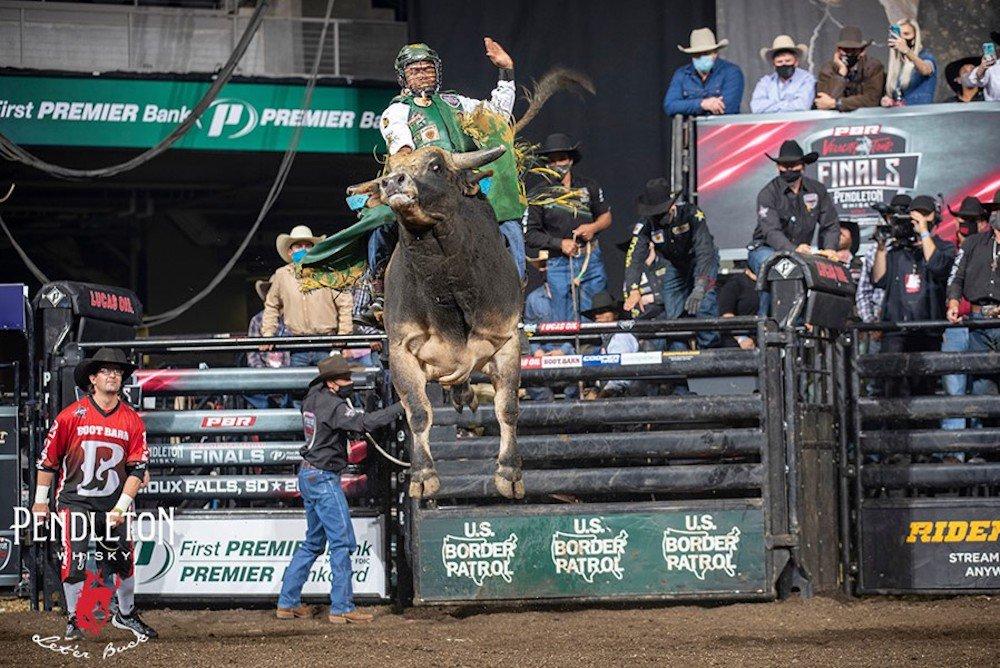 Corpus Christi welcomes world's top bull riders at Buc Days